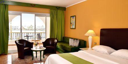 Dubbelrum på hotell Arabia Azur Resort i Hurghada, Egypten.