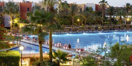 Pool på Arabia Azur Resort i Hurghada, Egypten.
