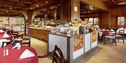 Bufférestaurang på Arabia Azur Resort i Hurghada, Egypten.
