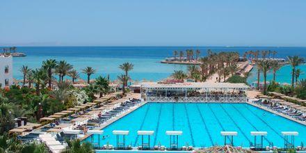 Pool på hotell Arabia Azur Resort i Hurghada, Egypten.