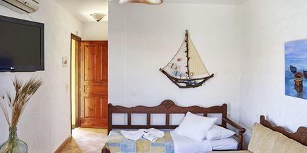 Tvårumslägenhet på hotell Archangelos Village i Kokkari, Samos.