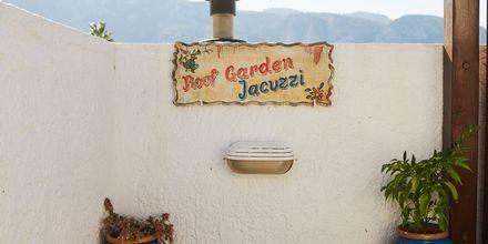 Takterrassen på hotell Archangelos Village i Kokkari, Samos.