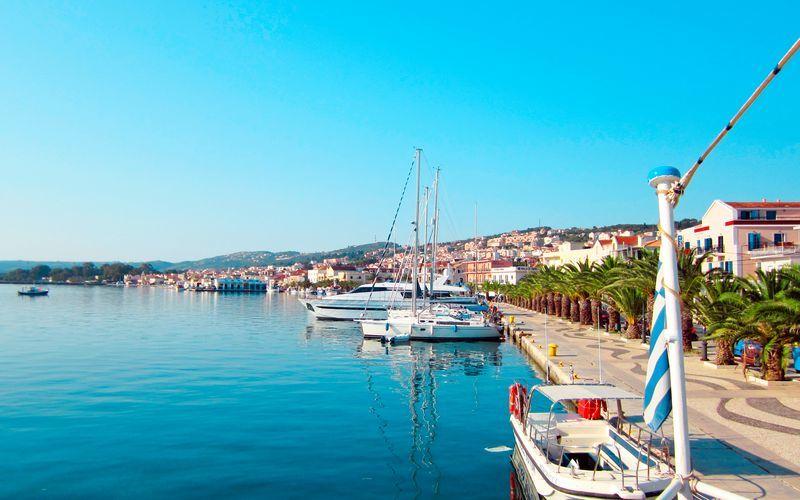 Hamnpromenaden i Argostoli på Kefalonia.