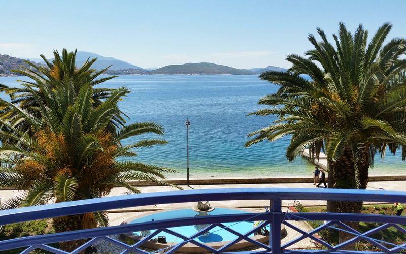 Utsikt från hotell Ari i Saranda, Albanien.