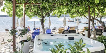 Jacuzzi på hotell Armeno Beach på Lefkas, Grekland.