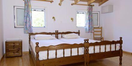 Tvårumslägenhet i etage på lägenhetshotell Aspres i Votsalakia, Samos.