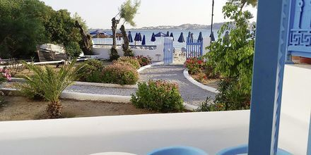 Balkong från ett av dubbelrummen på hotell Asteria i Naxos stad, Grekland.
