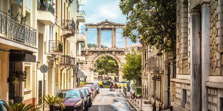 Sevärdheten Hadrianusbågen i Aten, Grekland.