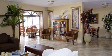 Lobby på hotell Athena i Kokkari, Samos.