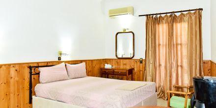 Enrumslägenhet på hotell Athina i Pythagorion på Samos, Grekland.
