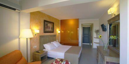 Juniorsvit på hotell Atlantis Beach i Rethymnon, Kreta.