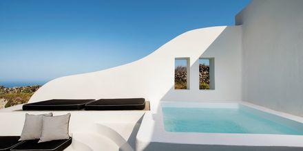 Pool i svit på Avaton Resort & Spa på Santorini, Grekland.