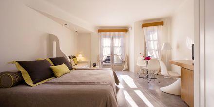 Superiorrum på Avaton Resort & Spa på Santorini, Grekland.