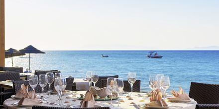 Restaurang på Avra Beach.