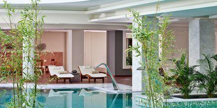 Inomhuspool på hotell Avra Imperial på Kreta, Grekland.