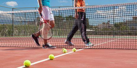 Tennis på hotell Avra Imperial på Kreta, Grekland.
