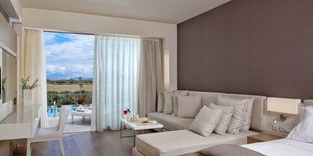 Superiorsvit med privat pool på hotell Avra Imperial på Kreta, Grekland.
