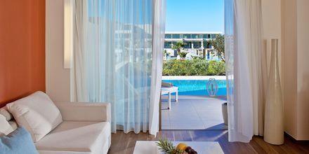 Deluxesvit med privat pool på hotell Avra Imperial på Kreta, Grekland.