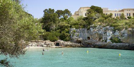Strand vid hotell Azul Playa på Mallorca.