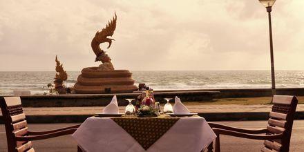 Restaurant på Baan Karon Buri Resort på Phuket, Thailand.