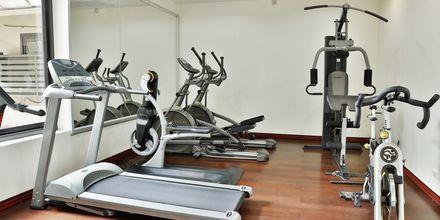 Gym på Baan Khaolak Beach Resort, Thailand.