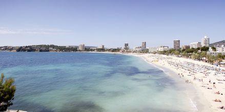 Vy från hotell Bahia Principe Sunlight Coral Playa på Mallorca, Spanien.