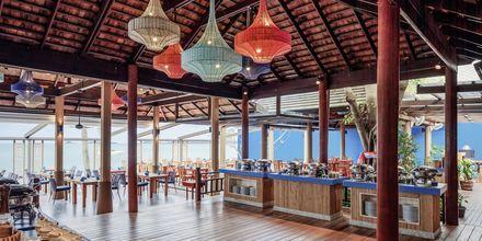 Bufférestaurang på Chom Dao Bandara Resort And Spa på Koh Samui, Thailand.