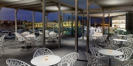 Lobbybaren El Faro på hotell Barcelo Castillo Beach Resort på Fuerteventura.