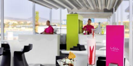 Glassbaren La Goleta på hotell Barcelo Castillo Beach Resort på Fuerteventura.