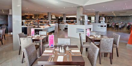 Bufférestaurangen på hotell Barcelo Castillo Beach Resort på Fuerteventura.