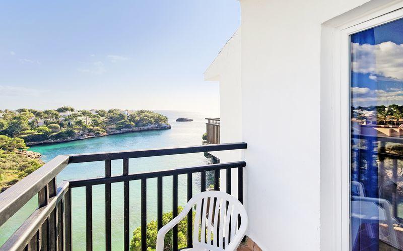 Utsikt från hotell Barcelo Ponent Playa i Cala d'Or på Mallorca.