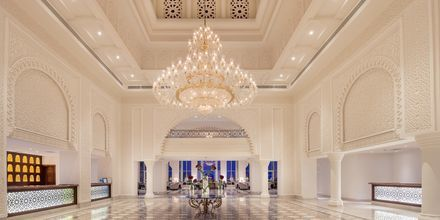 Lobbyn på hotell Baron Palace Resort i Sahl Hasheesh, Egypten.