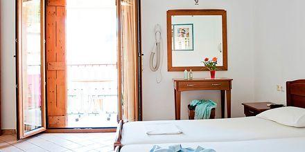 Enrumslägenhet på hotell Baywatch i Parga, Grekland.