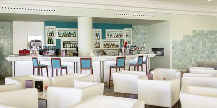 Bar på hotell Be Live Collection Palace de Muro på Mallorca, Spanien.