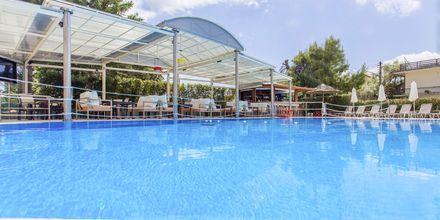 Poolområdet på hotell Bel Air på Lefkas, Grekland.