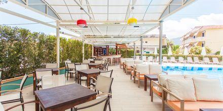 Poolbaren på hotell Bel Air på Lefkas, Grekland.