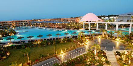 Huvudpoolen på Blue Lagoon Resort på Kos, Grekland.