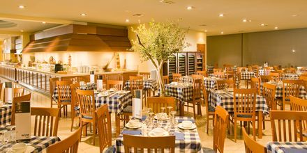 Grekiska bufférestaurangen på Blue Lagoon Resort på Kos, Grekland.