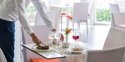 Restaurang på hotell Blue Lagoon Resort på Kos, Grekland.