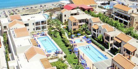 Poolområdet på Blue Sea Apartments på Kreta, Grekland.