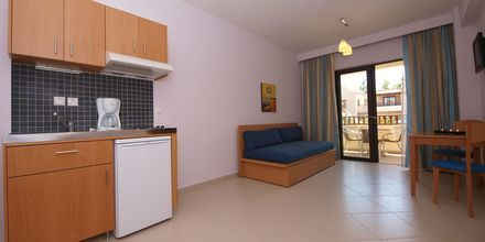Tvårumslägenhet i ny del på hotell Blue Sea Apartments på Kreta, Grekland.