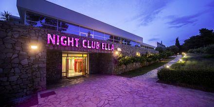 Nattklubb på hotell Bluesun Elaphusa, Brac i Kroatien.