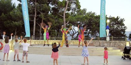 Barnaktiviteter i hotellets regi på Bluesun Elaphusa, Brac i Kroatien.