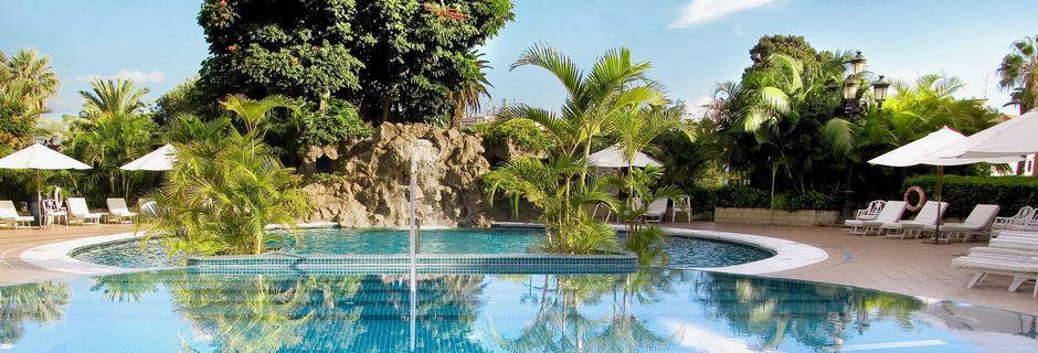 Poolen som tillhör spaanläggningen på hotell Botanico i Puerto de la Cruz, Teneriffa.