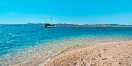 Zlatni Rat-stranden i Bol på Brac, Kroatien.