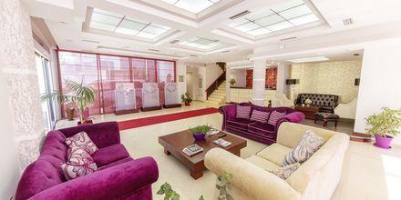 Lobby på hotell Brilant i Saranda, Albanien.