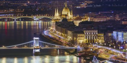Budapest by night är en härlig syn och det finns mycket att göra!