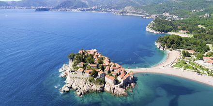 Sveti Stefan, en av de mest fotograferade platserna i Montenegro.