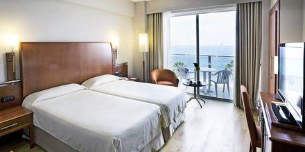 Dubbelrum med havsutsikt på hotell Bull Reina Isabel & Spa, Gran Canaria.