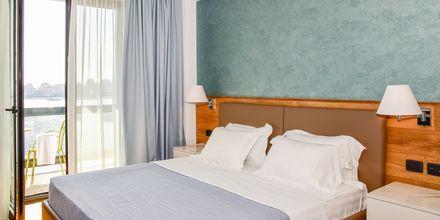 Dubbelrum på hotell Butrinti i Saranda, Albanien.